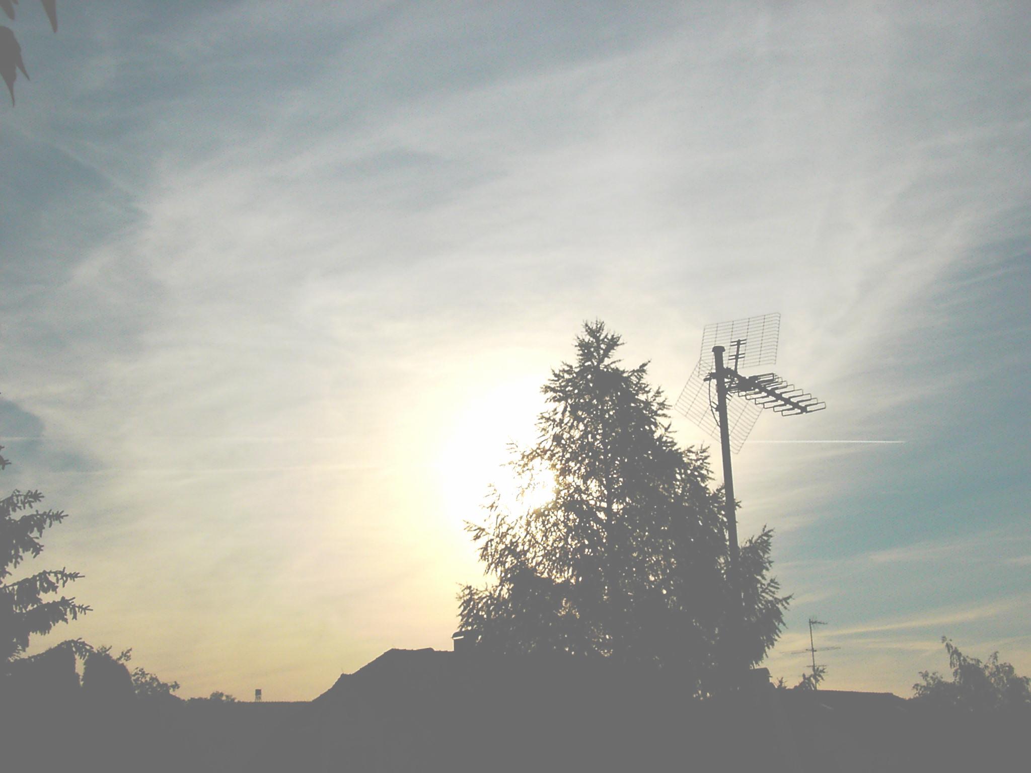Zerstörung des Himmels durch Chemtrails
